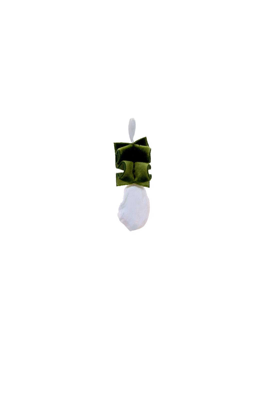 Einzelner Ohrhänger Scarlett in Moosgrün