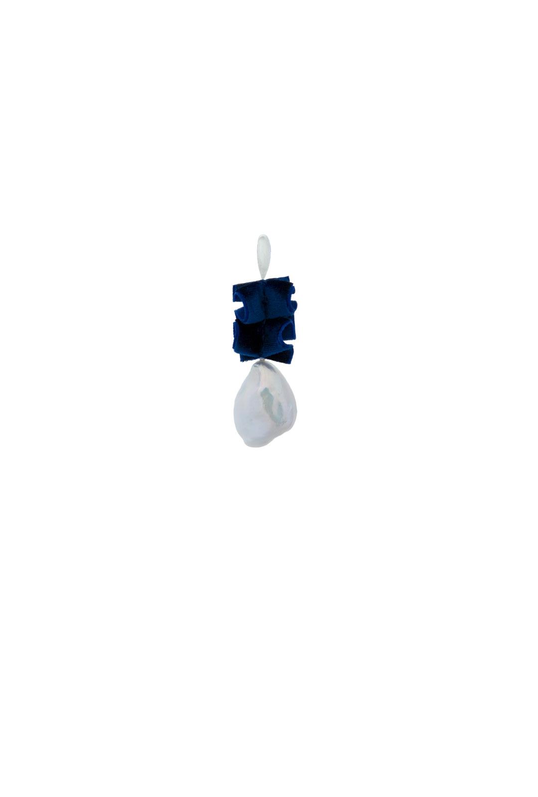 Einzelner Ohrhänger Scarlett in Nachtblau
